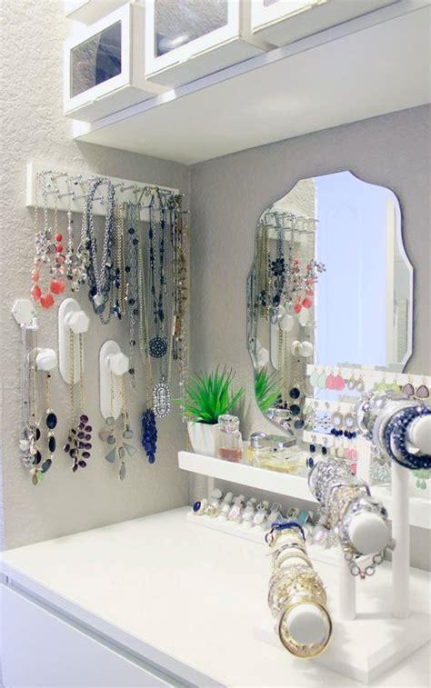 organize jewelry way comfy digsdigs