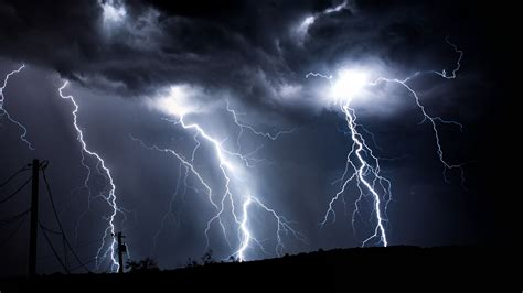 lightning strike wallpaper  images