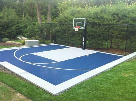garden basketball court outdoor garden lscape blue basketball court backyard basket court pinterest gardens blue