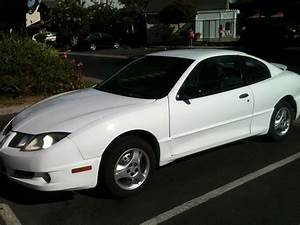 Picture Of 2005 Pontiac Sunfire Base  Exterior