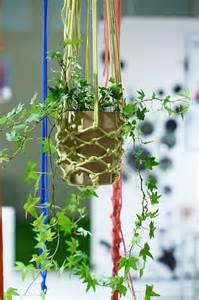 Makramee Garn Für Blumenampel : makramee f r h ngepflanzen foto sabine wittig trend spot makramee gewebtes pinterest ~ Frokenaadalensverden.com Haus und Dekorationen