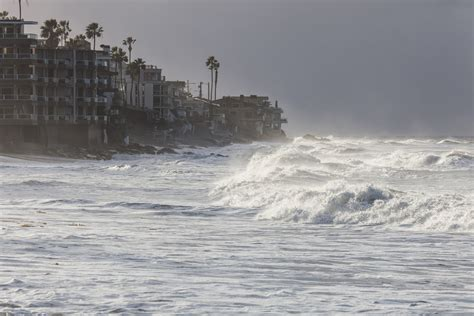 Review: What can we do about rising sea levels? | America ...