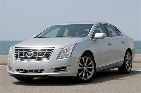 cadillac xts  drive photo gallery autoblog