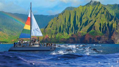 Blue Dolphin Kauai | Niihau & Na Pali Coast Boat Tours