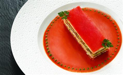 cuisine saveur mille feuille de tomate au crabe de joël robuchon