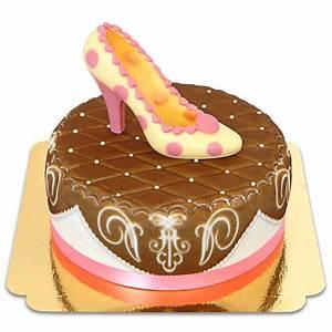 Torten Auf Rechnung : pinker schuh auf brauner deluxe torte mit band ~ Themetempest.com Abrechnung