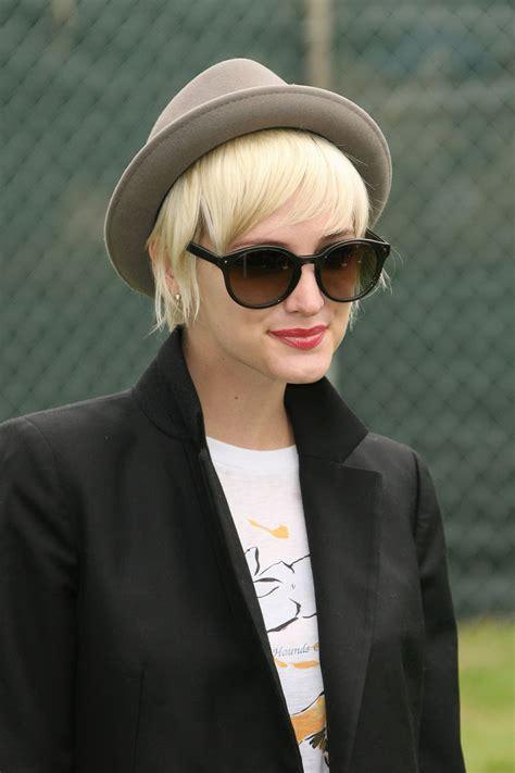Short Blonde Bob Hairstyles