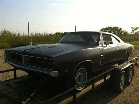 Find new 1969 Dodge Charger R/T Project Car Real RT 440 A