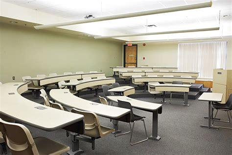Все видео о google classroom: Classrooms   Event Services   The University of Winnipeg