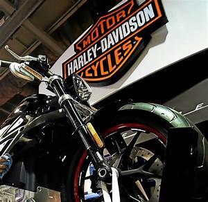 Harley Davidson Fr : harley davidson les ventes d rapent conomie ~ Medecine-chirurgie-esthetiques.com Avis de Voitures
