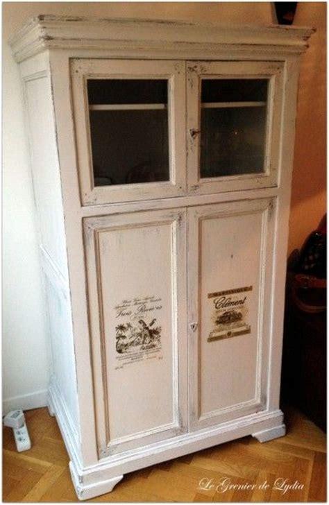 armoire vitrine en merisier patine shabby et ajout d
