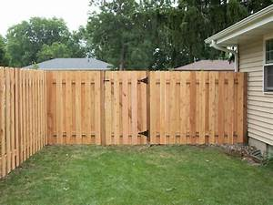 Dog-Eared Alternate Board Privacy Fence Minneapolis, MN
