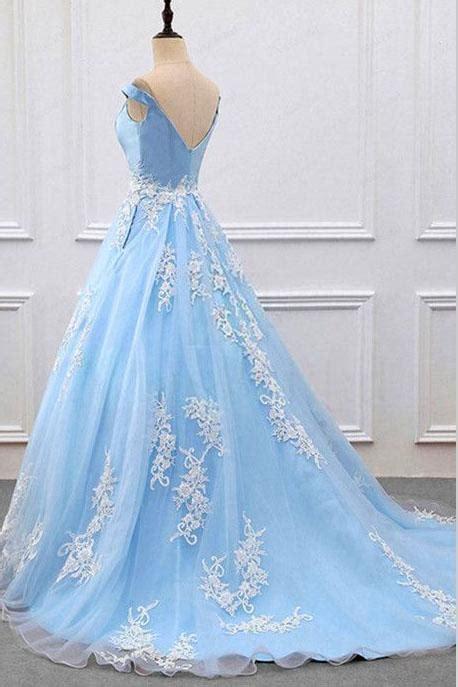 sky blue  neck   lace appliques tulle prom dresses