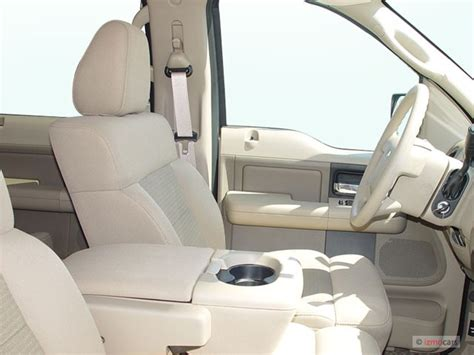 image  ford   supercrew  xlt front seats