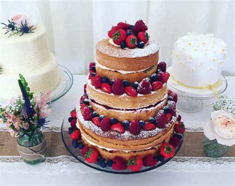 wedding cakes  trevenna exclusive  weddings cornwall