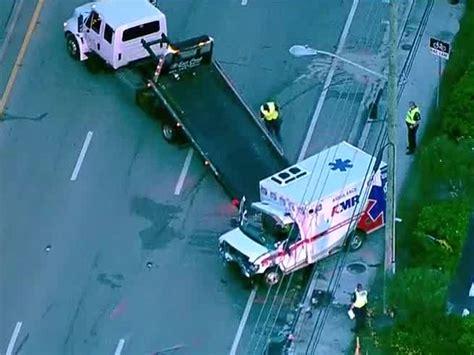 deadly crash kills  emt paramedics  jupiter wptvcom