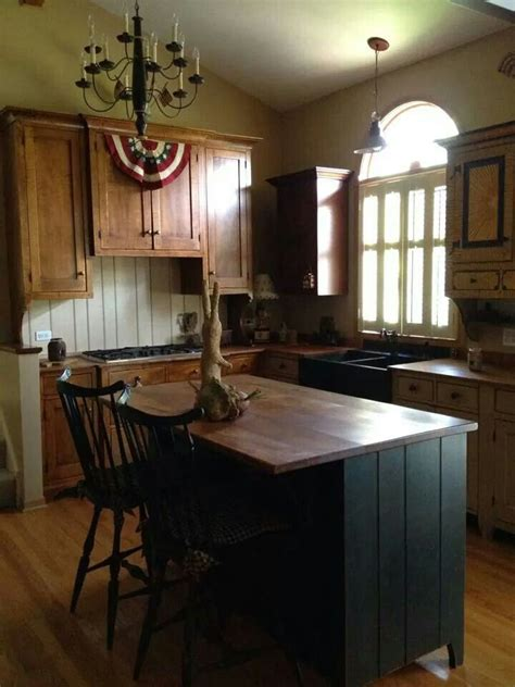primitive kitchen island 1000 images about primitive farmhouse kitchen on