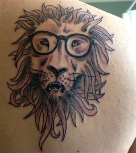 Photo  Tatouage Lion, Omoplate