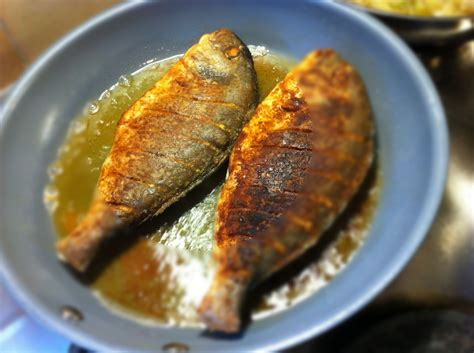 how to pan fry fish how to fry fish in pan must gaze video