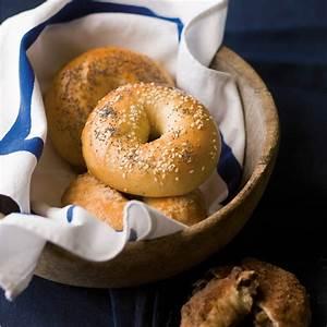 Bagels recipe | Epicurious.com