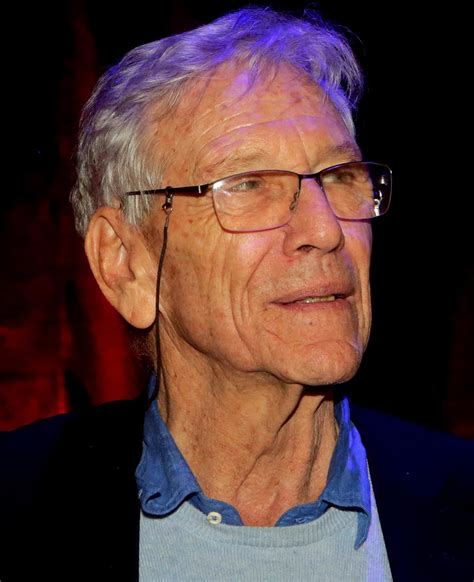 Will amos was first elected as the member of parliament for pontiac in 2015. Amos Oz - Simple English Wikipedia, the free encyclopedia