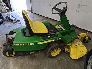 John Deere F525 Zero Turn Riding Mower For Parts Or Repair
