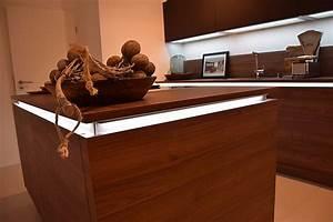 Einbauküche U Form : nolte musterk che einbauk che u form mittelinsel led beleuchtete griffleisten ausstellungsk che ~ Sanjose-hotels-ca.com Haus und Dekorationen