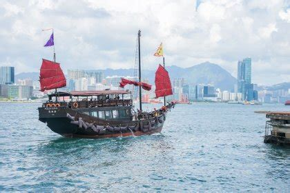 Hong Kong Junk Boat Dinner Cruise by 10 Reasons Why Hong Kong Is The Most Visited City
