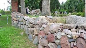 Trockenmauer Bauen Ohne Fundament : trockenmauer bauen bauanleitung und worauf es ankommt ~ Lizthompson.info Haus und Dekorationen