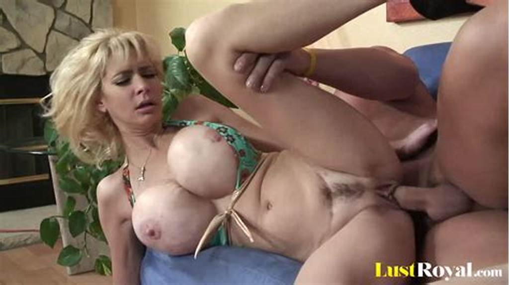 #Thirsty #Mommy #Tara #Moon #Makes #Her #Man #Ejaculate