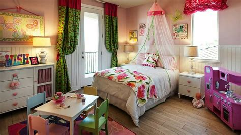 girl bedroom ideas  adorable canopy beds