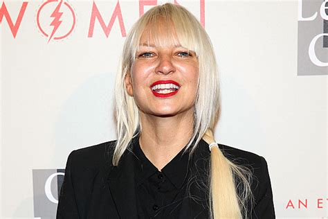 Sia Is Engaged To Boyfriend