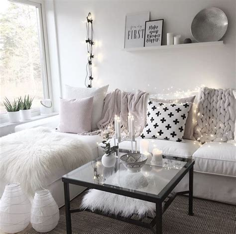 Girly Living Room by Girly Living Room Apartment Idea Living Room Ideas