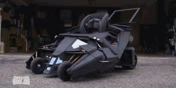 porsche design kinderwagen prepare to be insanely jealous of a toddler 39 s batmobile pram gizmodo uk