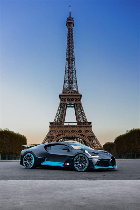 Rule one of the bugatti divo: Bugatti Divo: A Hypercar Gallery from Paris