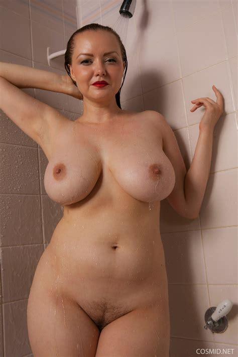 Natasha Dedov Shower Pichunter