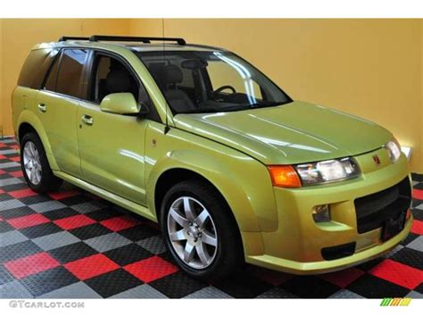 2004 Electric Lime Saturn Vue Red Line Awd #14368381 Photo