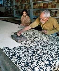 artisan block printing in Bagru village near Jaipur ...