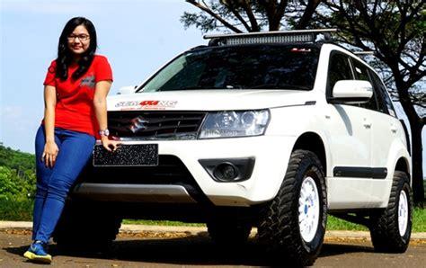 Modifikasi Mobil Vitara by Modifikasi Mobil Suzuki Grand Vitara Road Cantik