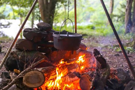 tripod camping open fire cookware cooking campfire stands