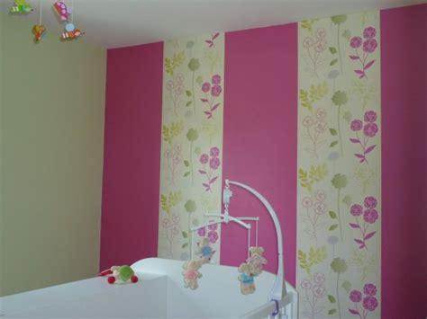 deco chambre fushia peinture fushia chambre idées de décoration et de
