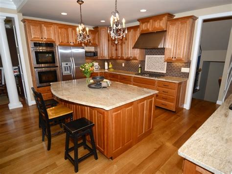 what wood is best for kitchen cabinets 32 best images about kitchen remodel ideas on 2166