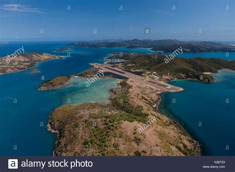 aerial view  hamilton island whitsundays queensland australia stock photo  alamy