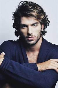 Coiffure Homme Cheveux Bouclés : 1001 id es cheveux boucl s hommes pinterest ~ Melissatoandfro.com Idées de Décoration