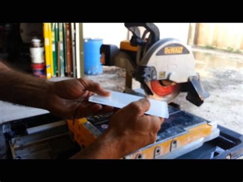 how to cut glass tiles with a dewalt wet saw diy home