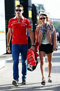 Jules Bianchi Et Camille Marchetti : jules bianchi marussia f1 team with his girlfriend camille marchetti at spanish gp ~ Maxctalentgroup.com Avis de Voitures