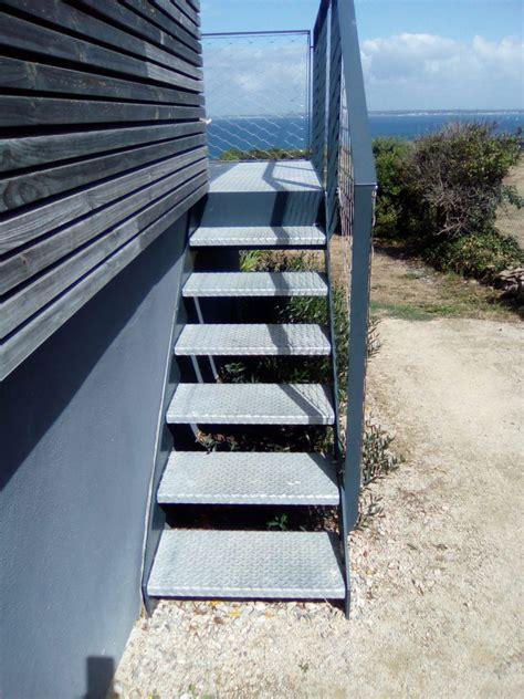 escalier_exterieur_galva_groix (2) | Steel Contemporain