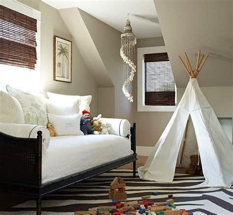 in decor a blend combing the playroom and guestroom in style