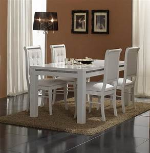 Salle a manger blanche et bois for Salle À manger contemporaine avec chaises salle À manger blanches