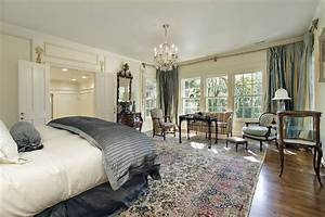 50 exceptional bedrooms with area rugs pictures home for Area rug for bedroom